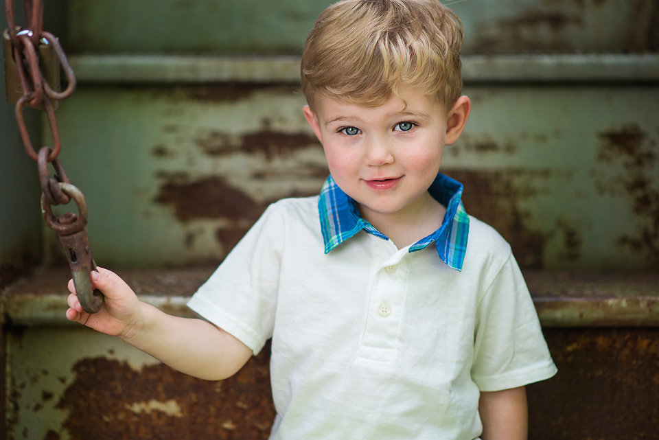 blue_ridge_ga_train_station_downtown_child_portrait
