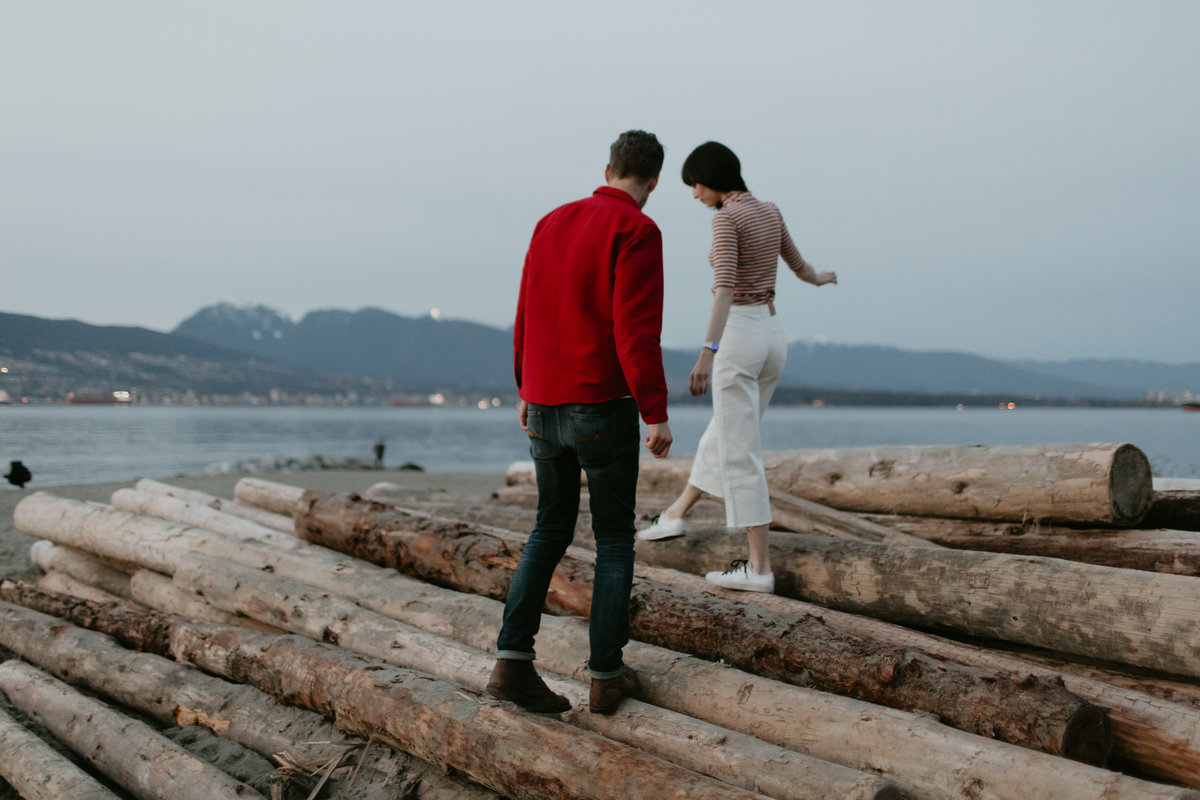SPANISH-BANKS-ENGAGEMENT-MEGHAN-HEMSTRA-PHOTOGRAPHY-5