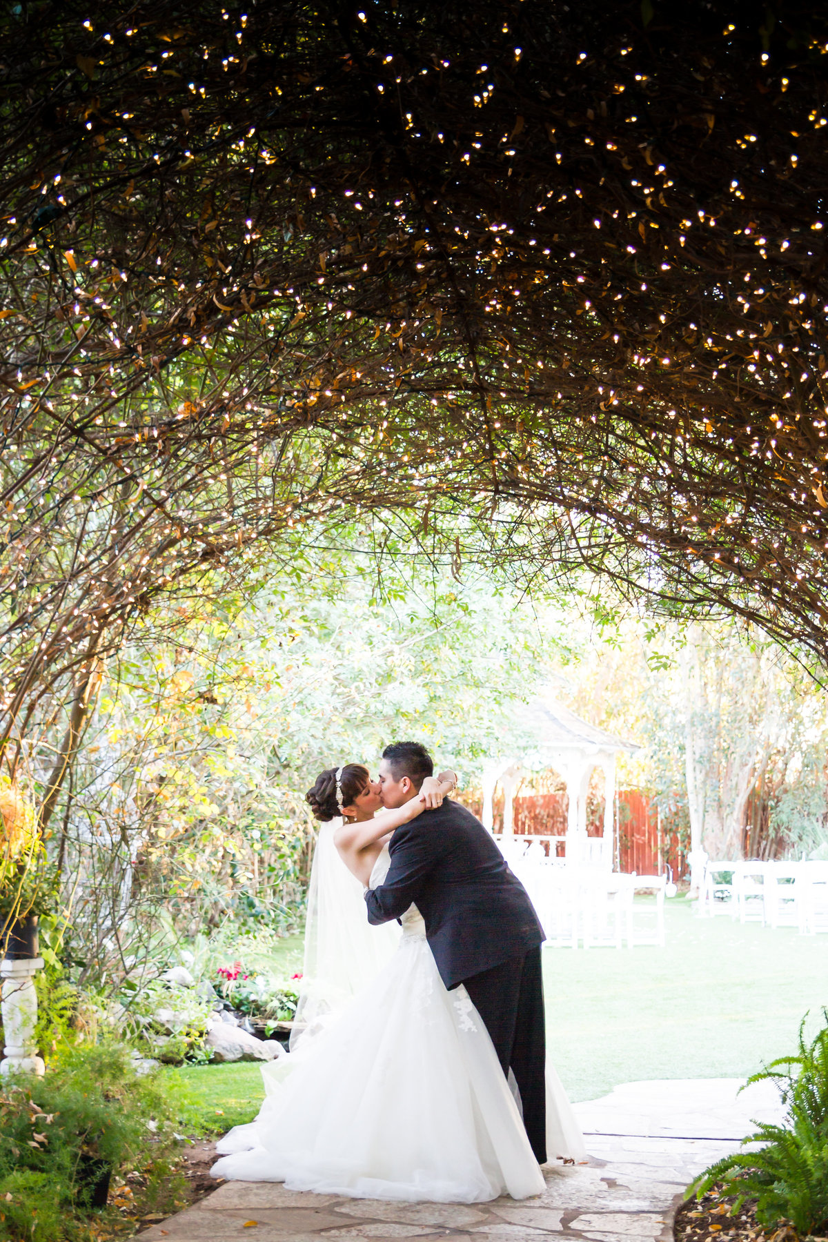 54-Twin Oaks house and garden wedding photo-San-Diego, California Wedding