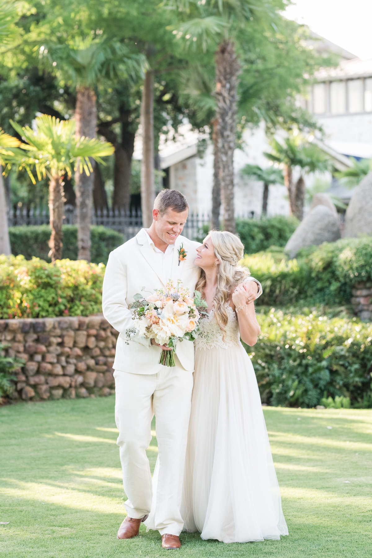 Horseshoe Bay Resort Yacht Club Wedding Photographer-151