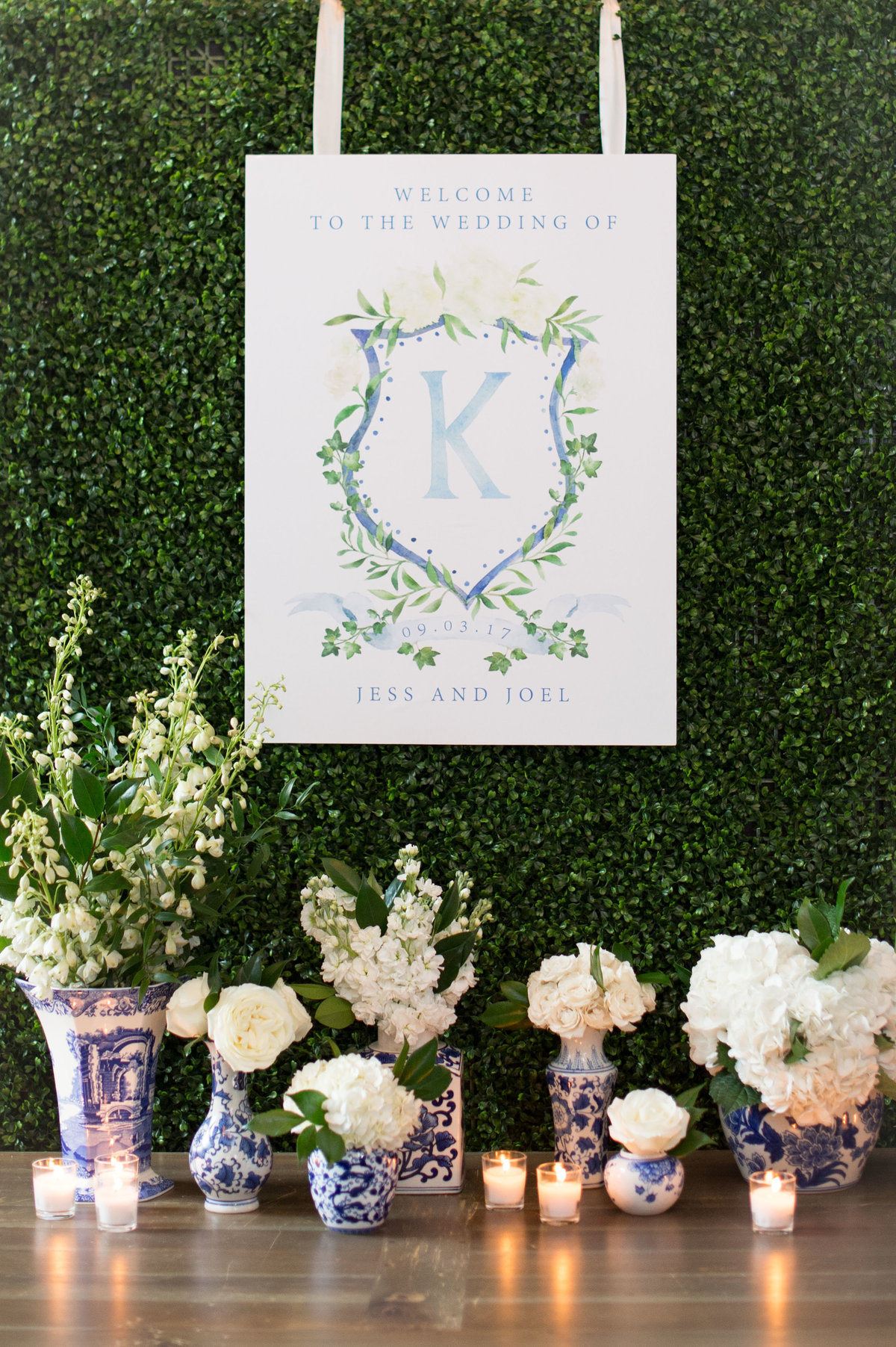 Life in Bloom Best Chicago Wedding Florist Ivy Room Preppy and Classic Wedding10
