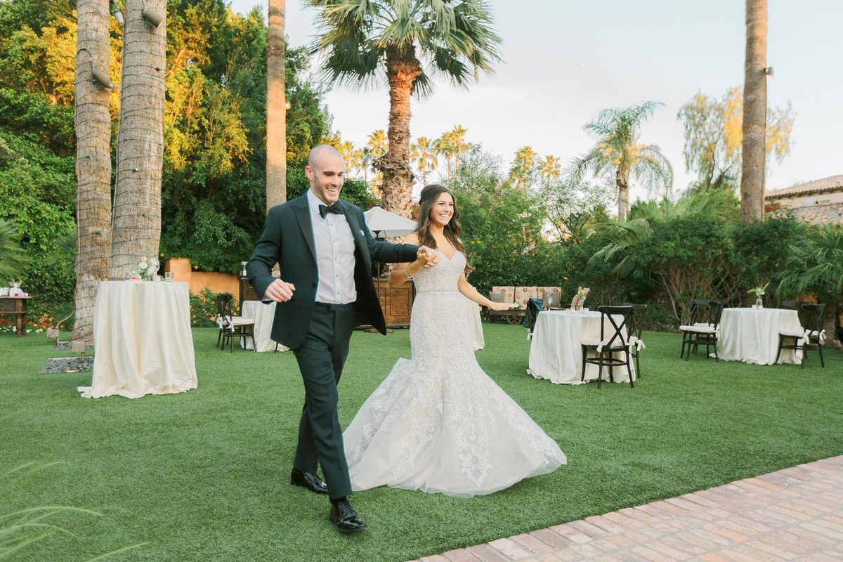 Scottsdale-Wedding-Photographer-Troon-North-Golf-Club_0160
