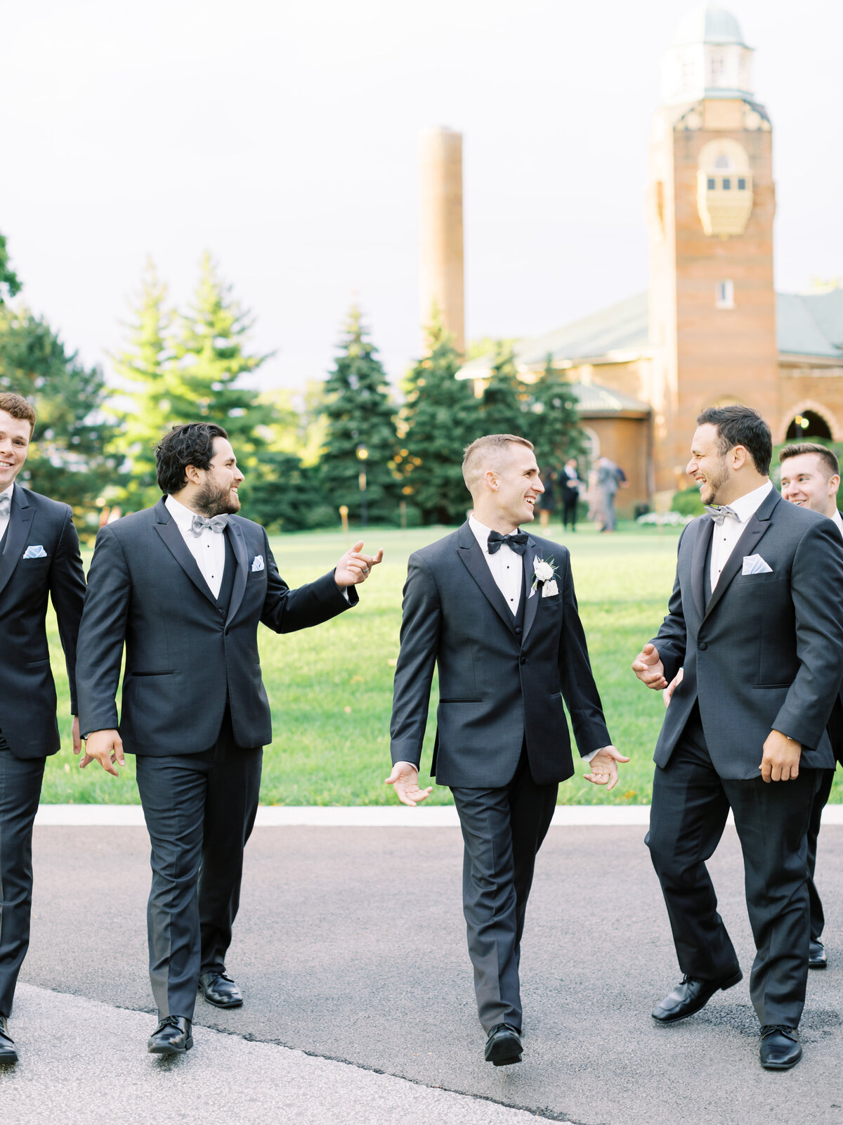 TiffaneyChildsPhotography-ChicagoWeddingPhotographer-Caitlin+Devin-MedinahCountryClubWedding-BridalParty-80
