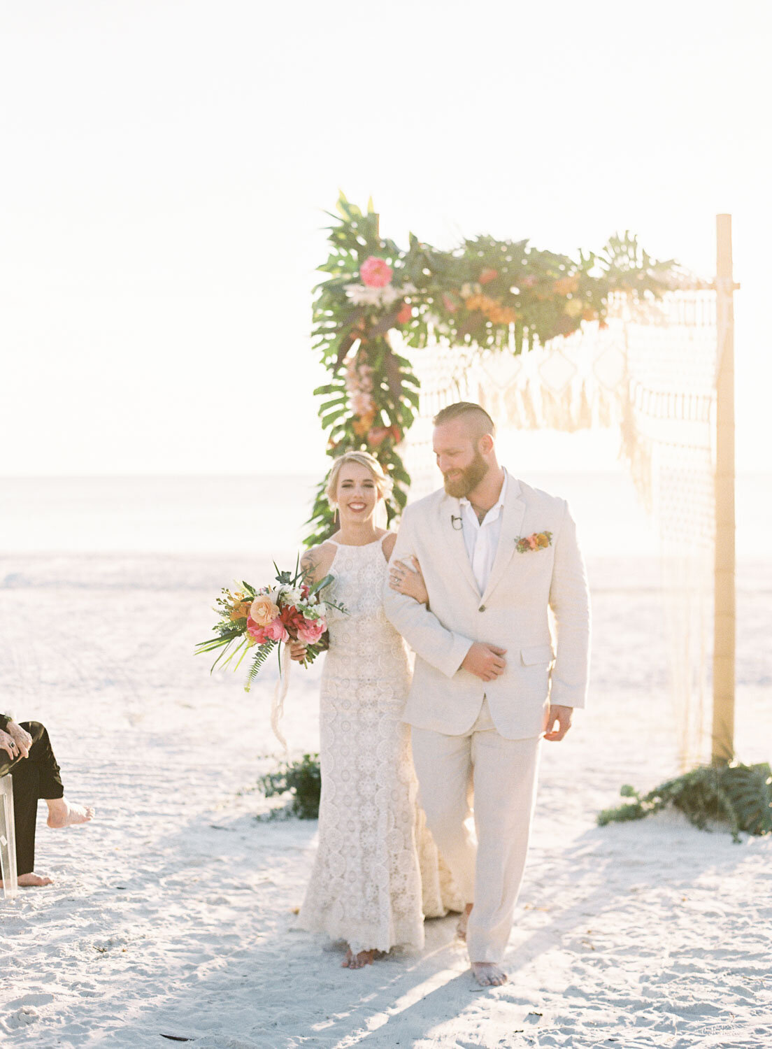 elegant-bohemian-tropical-december-destination-wedding-melanie-gabrielle-photography-martha-stewart-submission-024