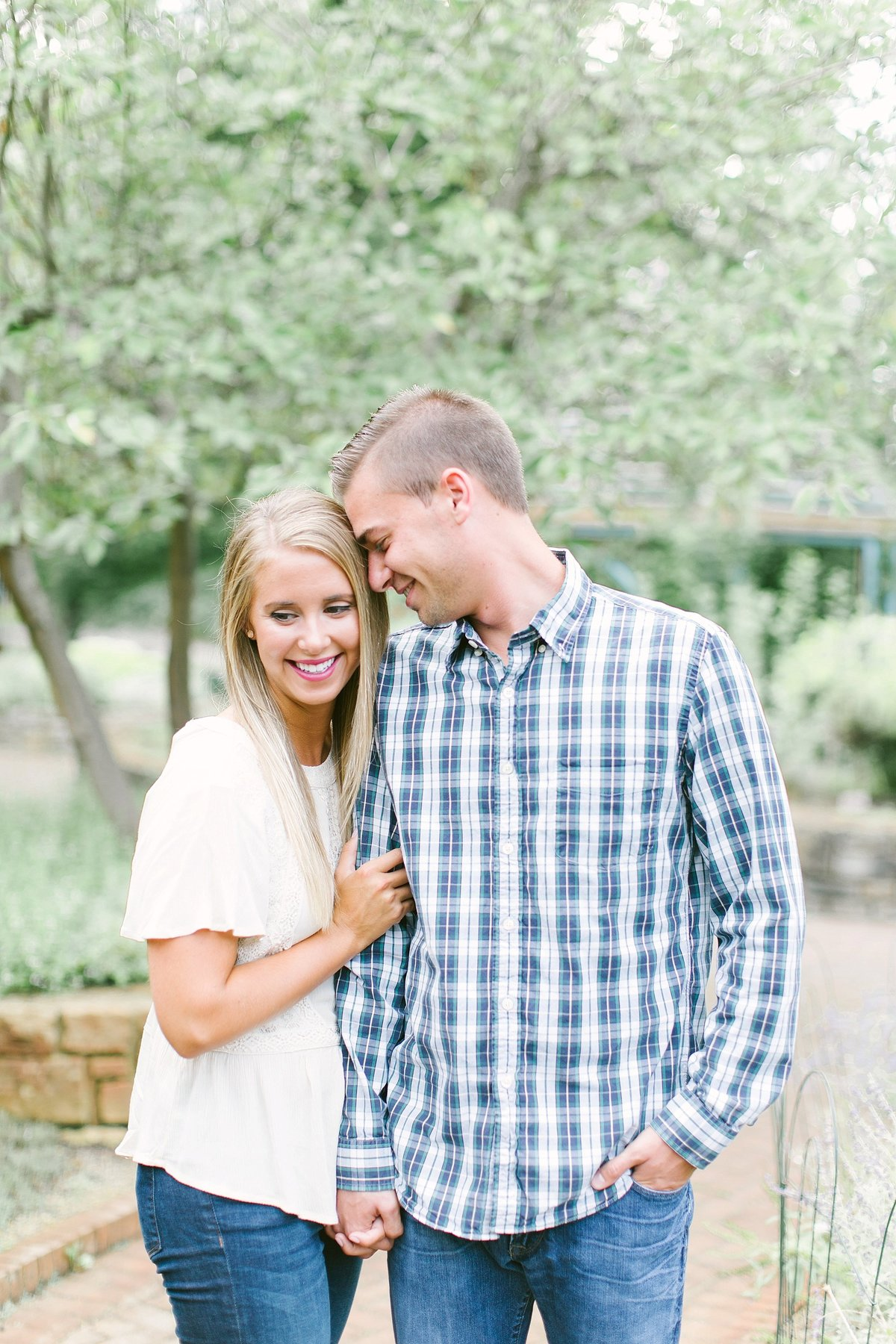 columbus_ohio_engagement_wedding_photographer_innis_woods0003