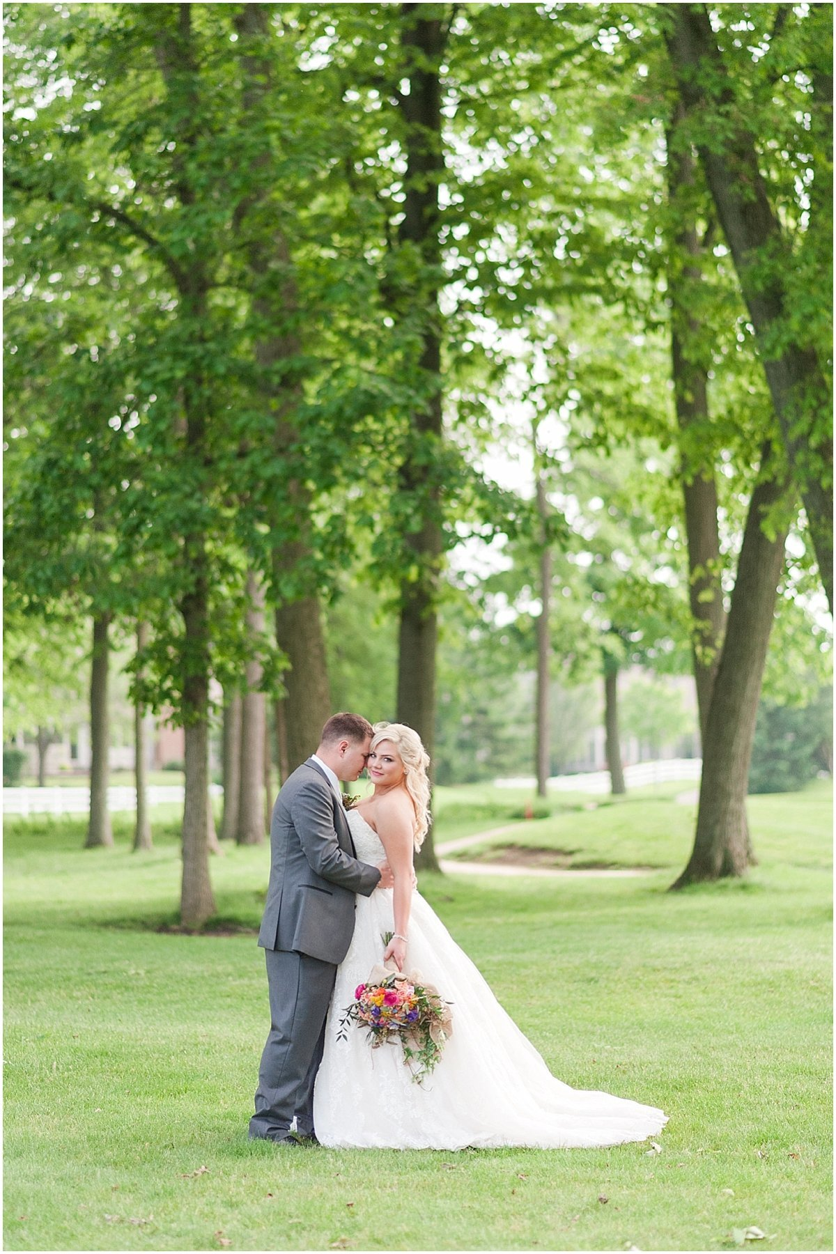 Elegant Heritage Golf Club wedding in Hilliard Ohio Outdoor Wedding Pipers Photography_0072