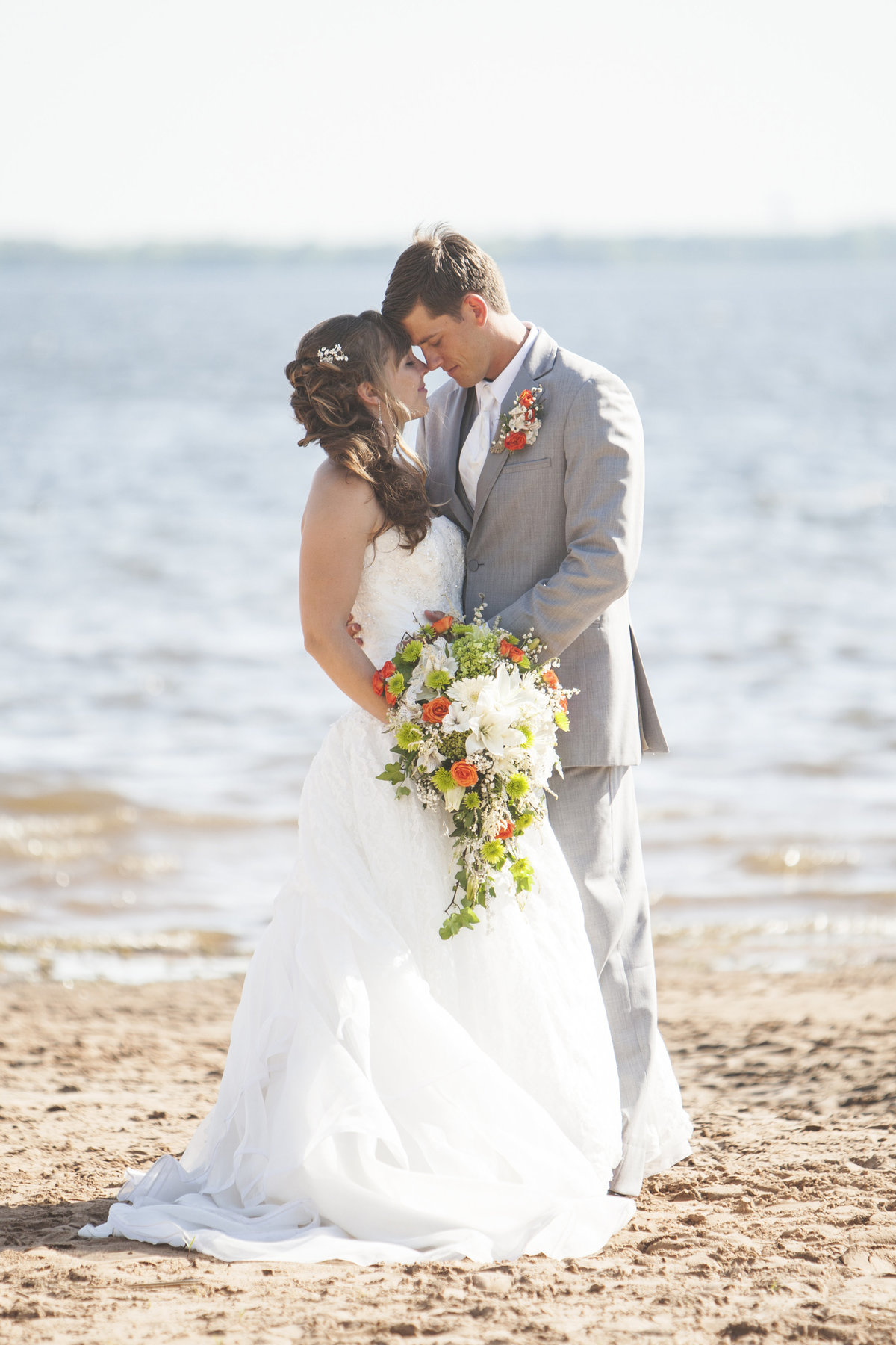 Beach wedding by Casi Lea Photography-green bay wedding photographer-door county wedding photographer-milwaukee wedding photographer-appleton wedding photographer-wisconsin weddings
