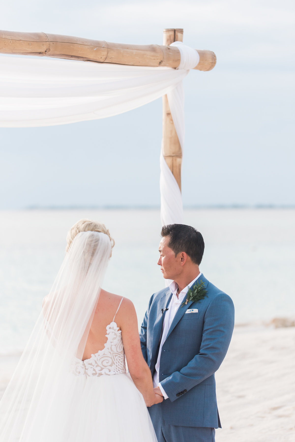 Sneak Alissa Kenny Wedding Grand Cayman Marriott _ Hello Blue Photo-27