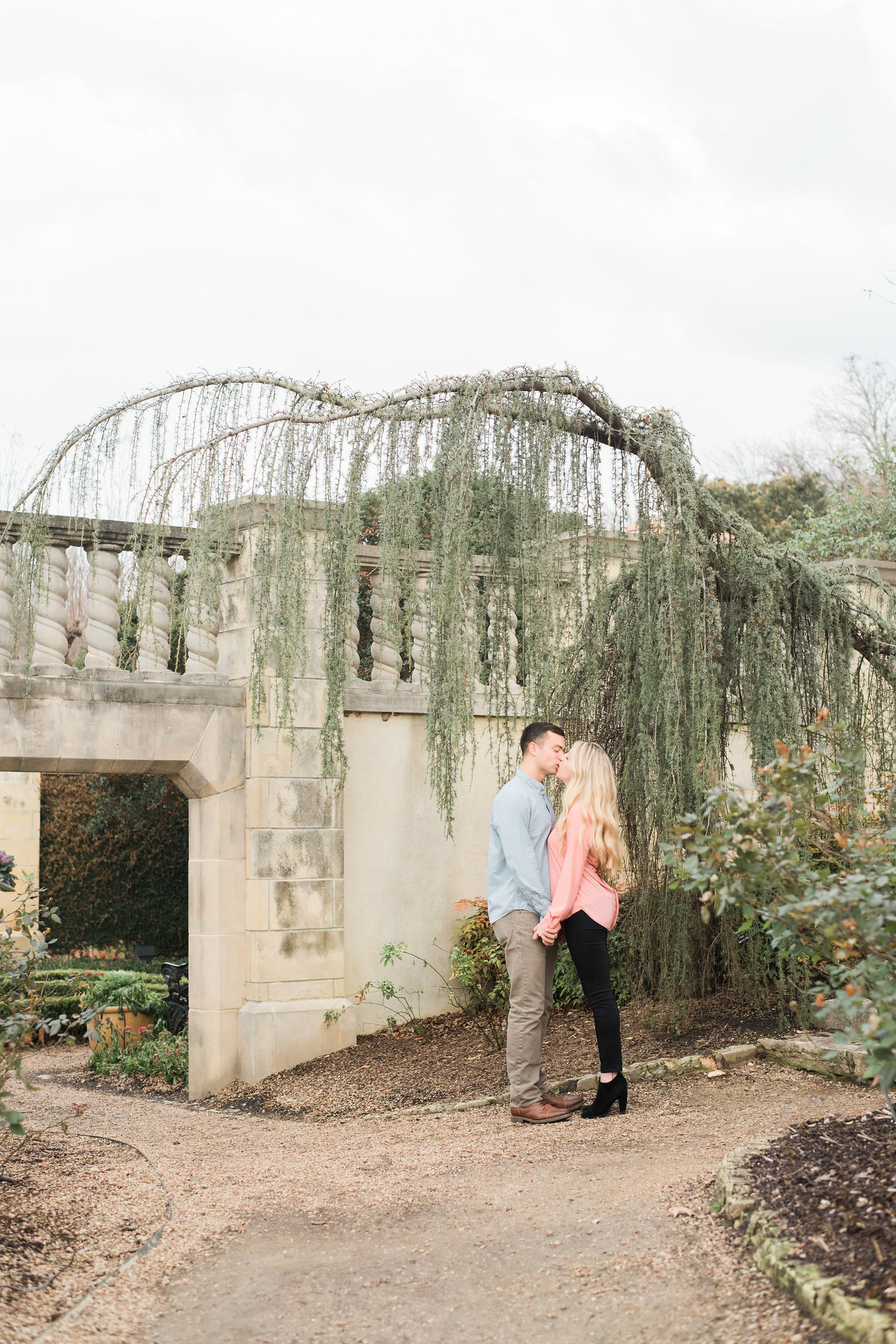 dallas-fort-worth-engagement-photographer-gray-door-photography-steph-erffmeyer9