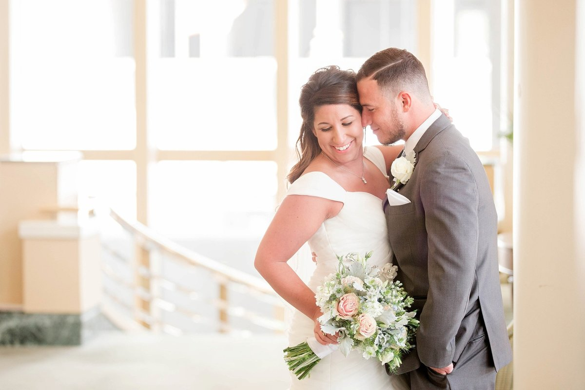 Baby Powder Blue and Blush Summer Park Inn Wedding with First Look by Toledo and Detroit Based Wedding Photographers Kent & Stephanie Photography_0982