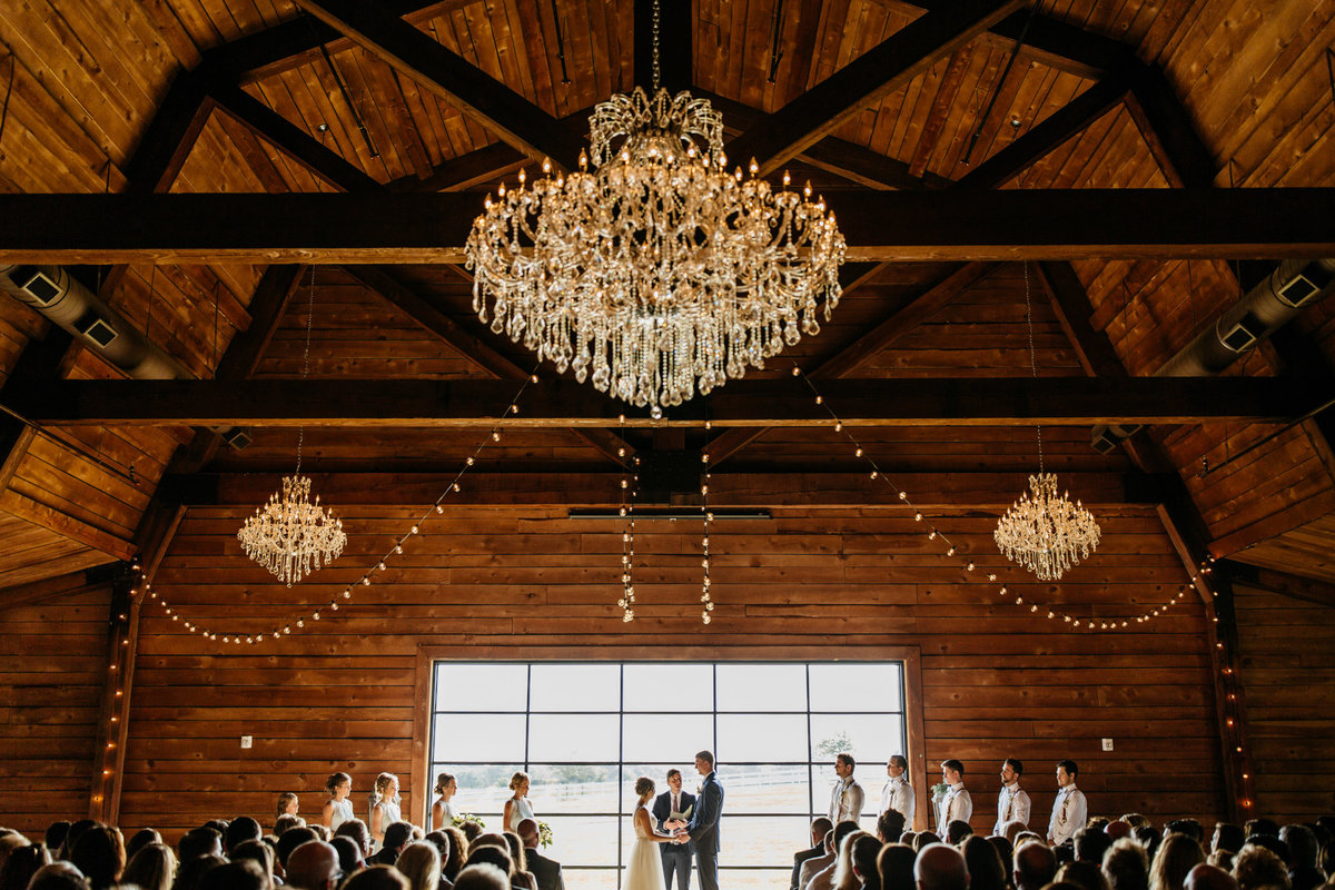 Alexa-Vossler-Photo_Dallas-Wedding-Photographer_North-Texas-Wedding-Photographer_Stephanie-Chase-Wedding-at-Morgan-Creek-Barn-Aubrey-Texas_90