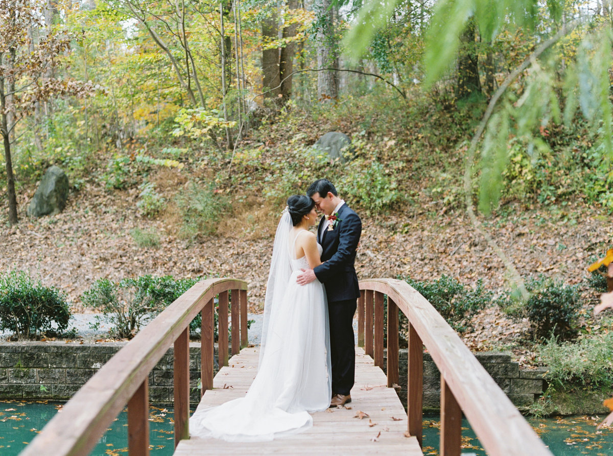 Helena + Sunny Rocky's Lake Estate Wedding - Cassie Valente Photography 0110