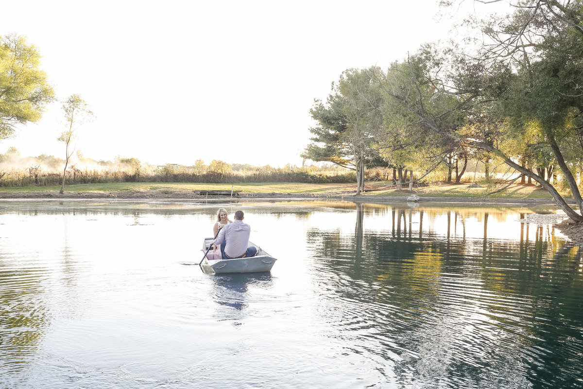 Rowboat Engagement Pictures | Erika Brown Photography-8