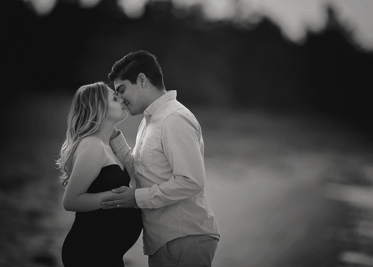 Traverse-city-maternity-photography-21.2