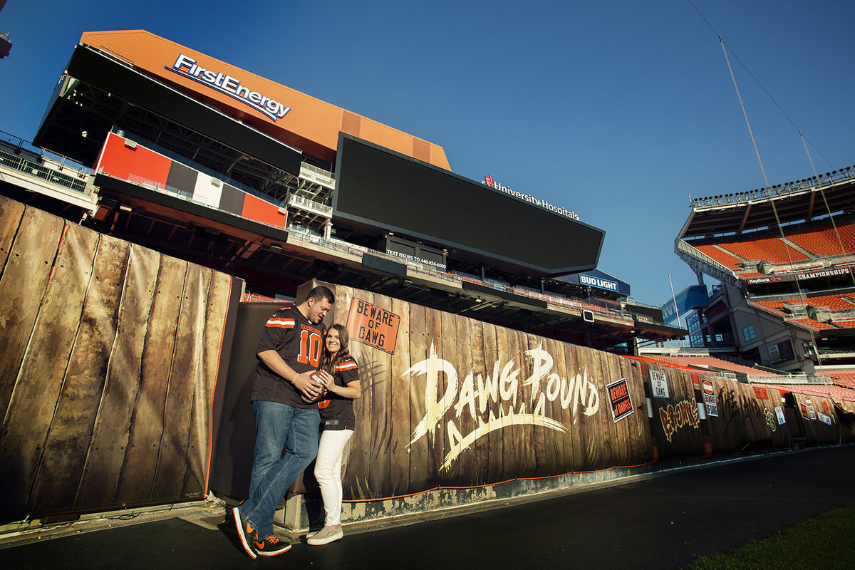 Browns-stadium-engagement