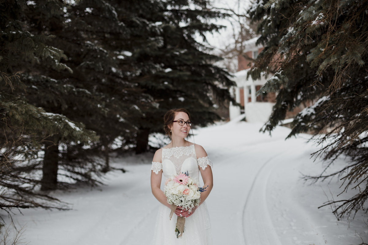 March winter wedding in Saskatchewan