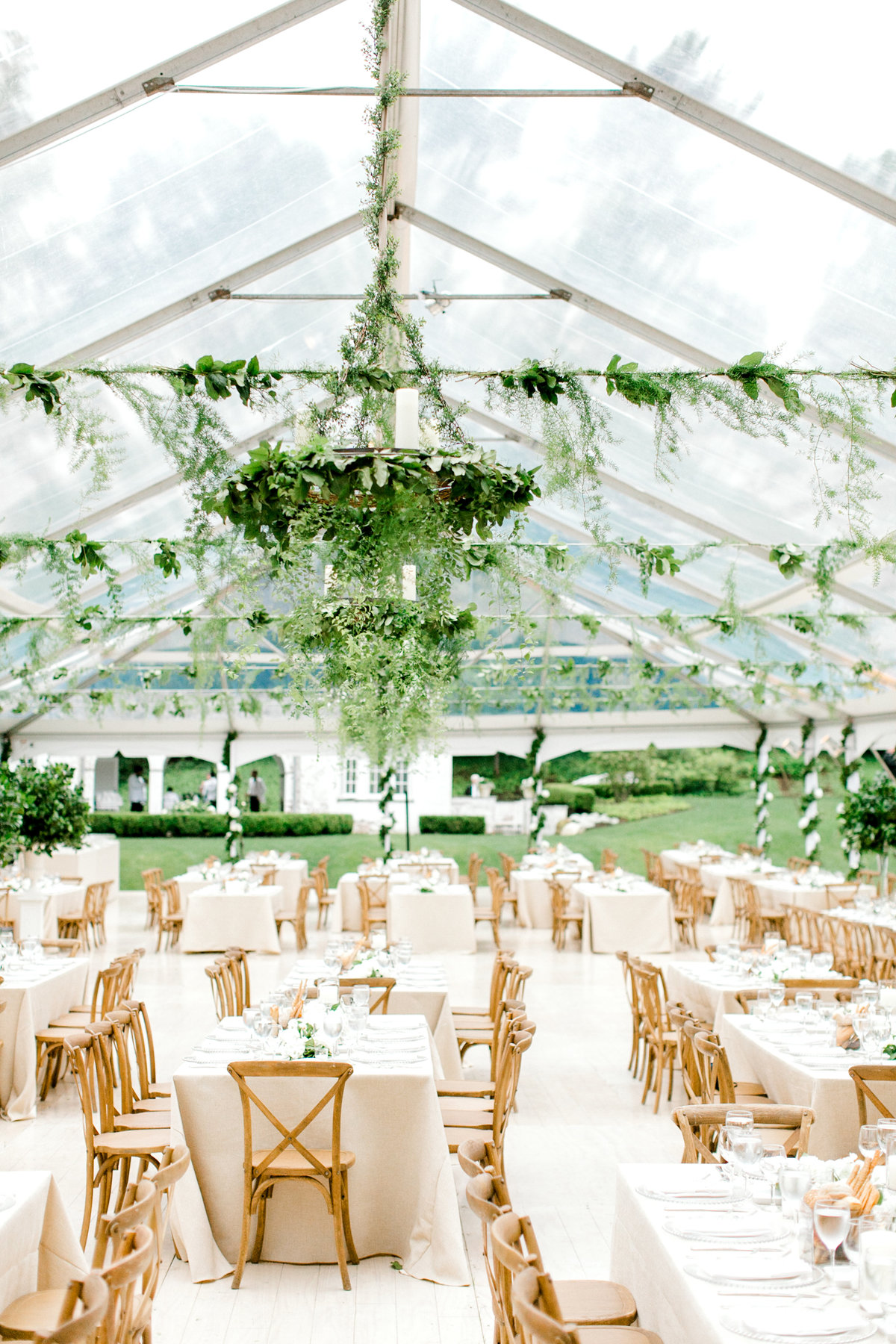 New-York-Private-Estate-Luxury-Tent-Wedding-Photo-Jessica-Haley-43