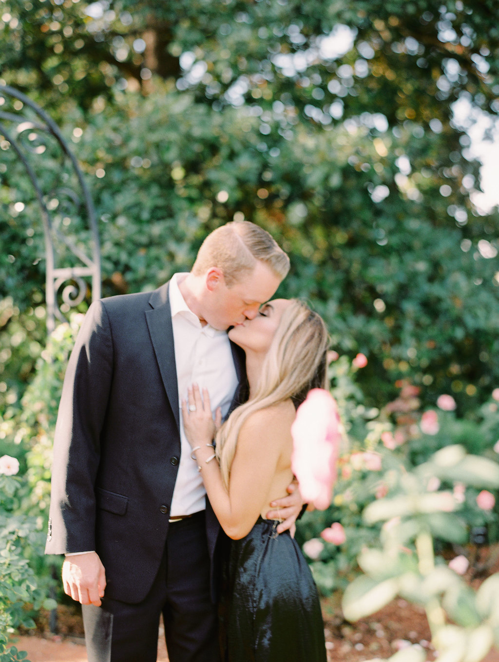 Dallas-Arboretum-Engagement-Session-Andrea-Matt075