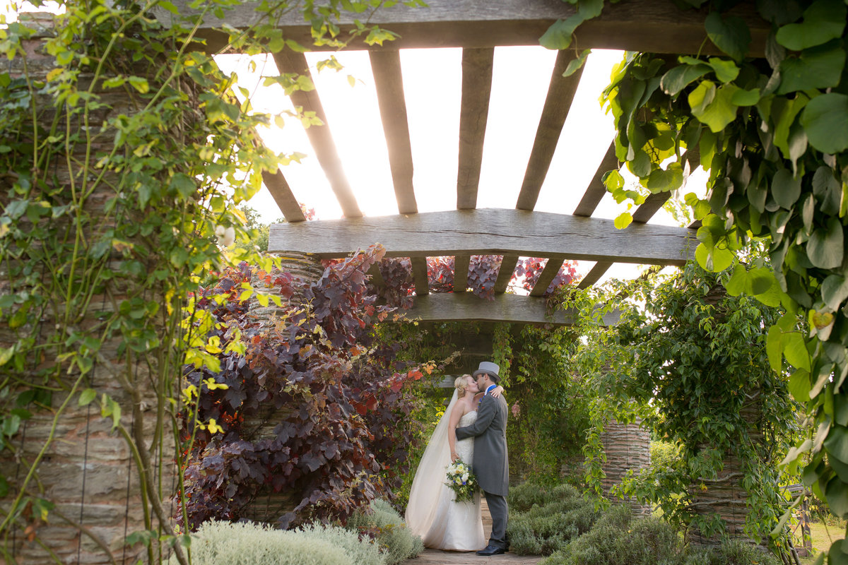 late spring wedding at hestercombe gardens