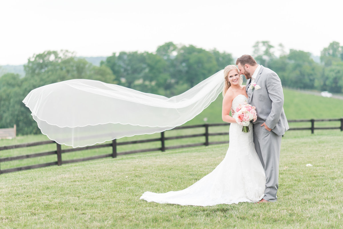 shadow-creek-northern-virginia-blush-southern-barn-wedding-by-norfolk-photographer-photo380