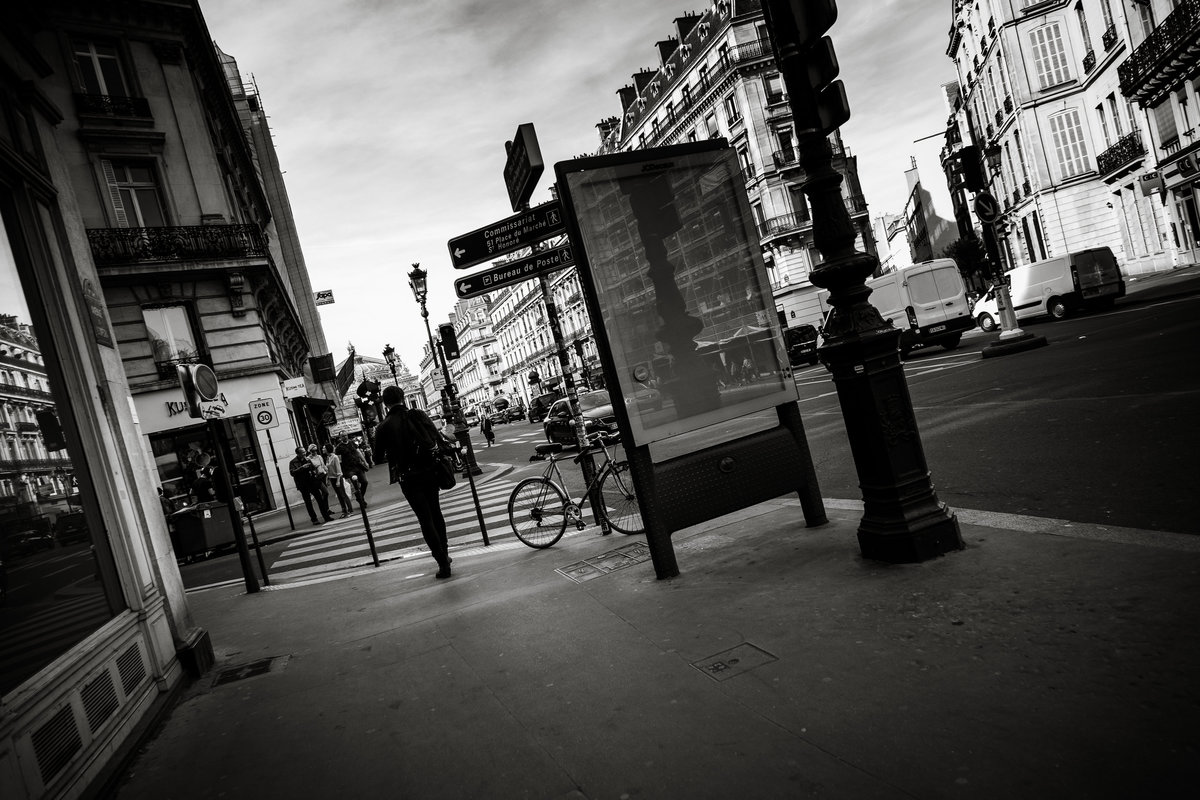 Streets of Paris BW 105