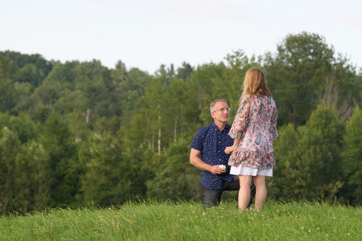 looking for a VT wedding photographer to capture your surprise proposal