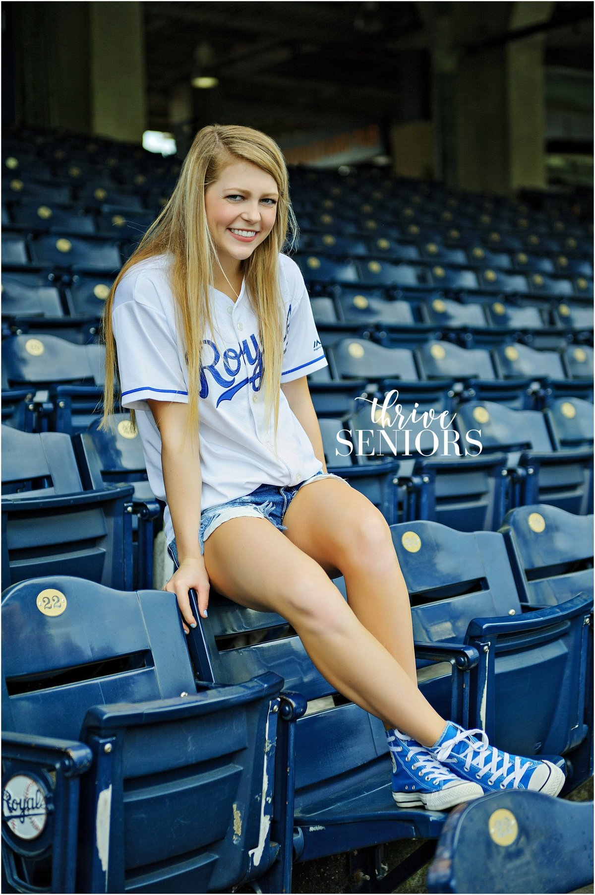 DSC_4402_kansas city senior portrait photographer royals kauffman stadium
