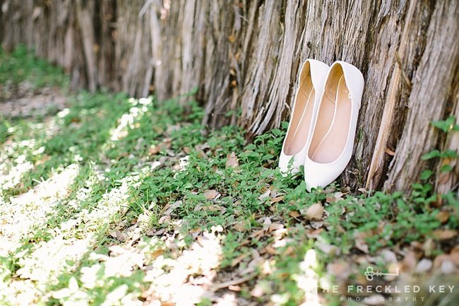 Austin-Wedding-Photographer_Hill-Country-Wedding_Cypress-Falls-Event-Center_0002