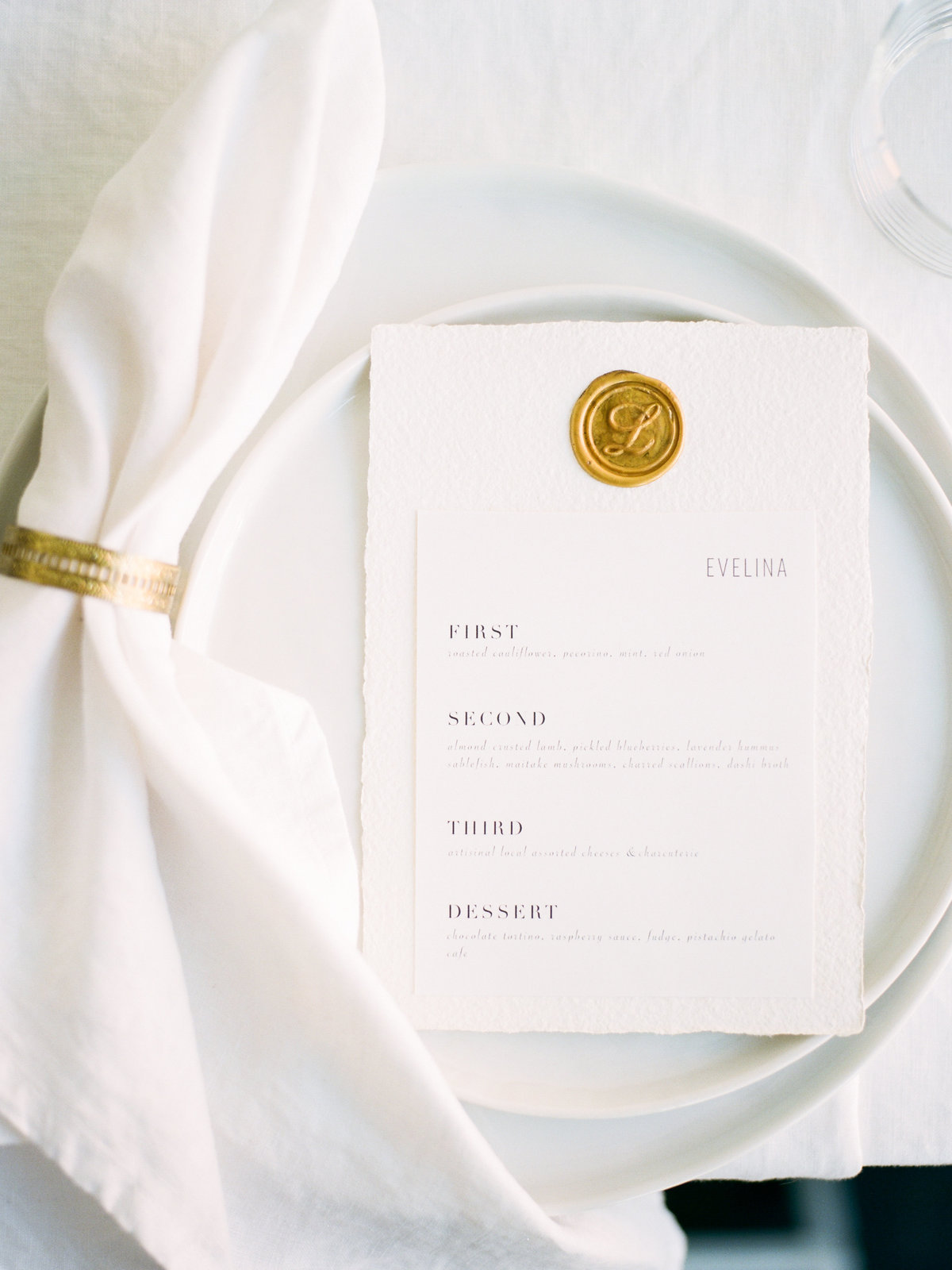Wedding Sparrow: For Love of Love Guide to a Minimalist Wedding Design