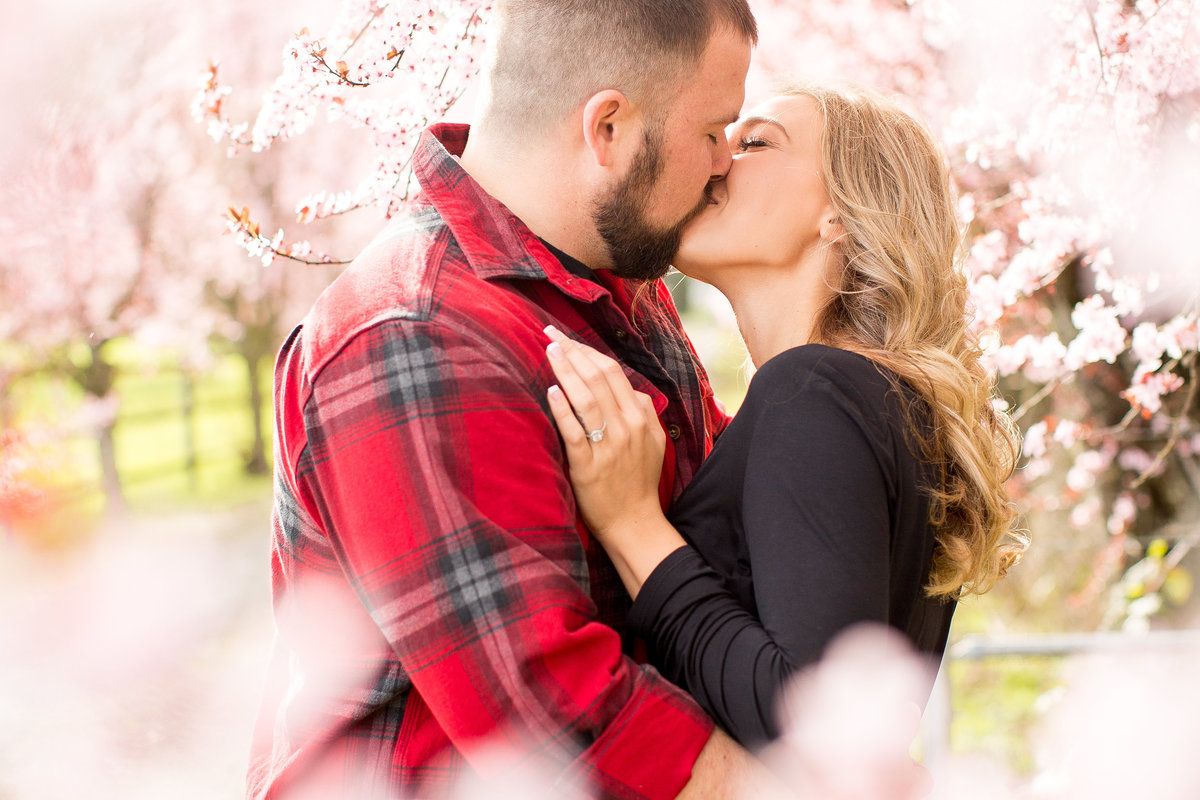 Lance + Jaylene | Emily Moller Photography | Spring Country Engagement Session  (1 of 1)-15