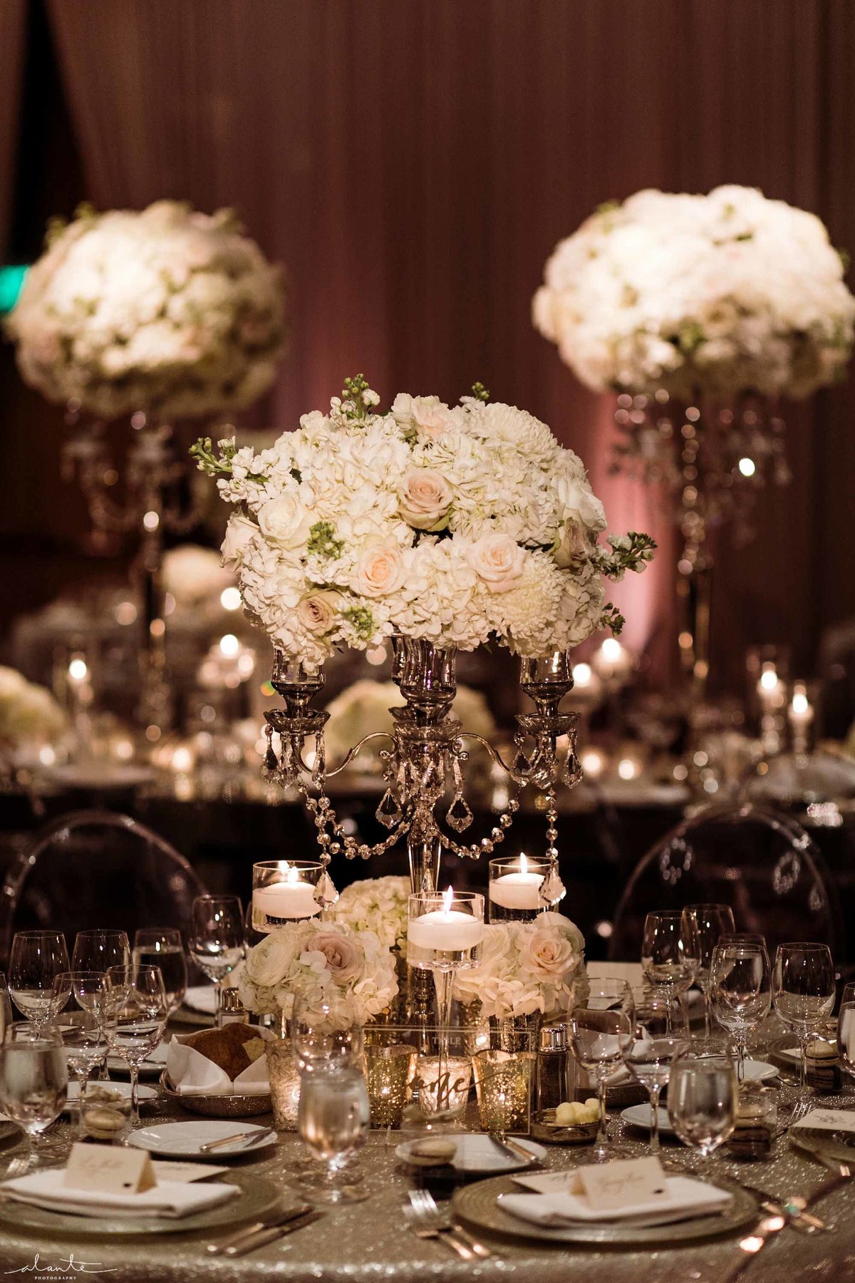 64Seattle-luxury-wedding-Flora-Nova-Design
