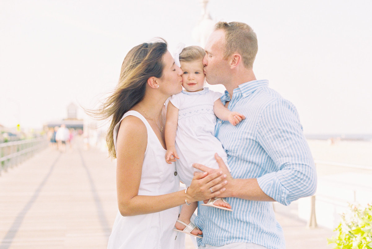 Michelle Behre Photography NJ Fine Art Photographer Seaside Family Lifestyle Family Portrait Session in Avon-by-the-Sea-70