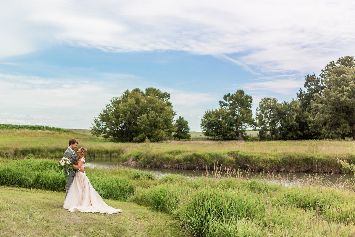 Wedding Photographers in Fargo ND (7)