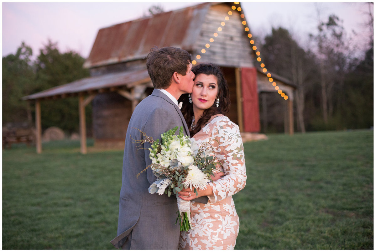LPT Designs Photography Lydia Thrift Gadsden Alabama AL Wedding Photographer Weeks Hay Barn Collinsville Blog 30