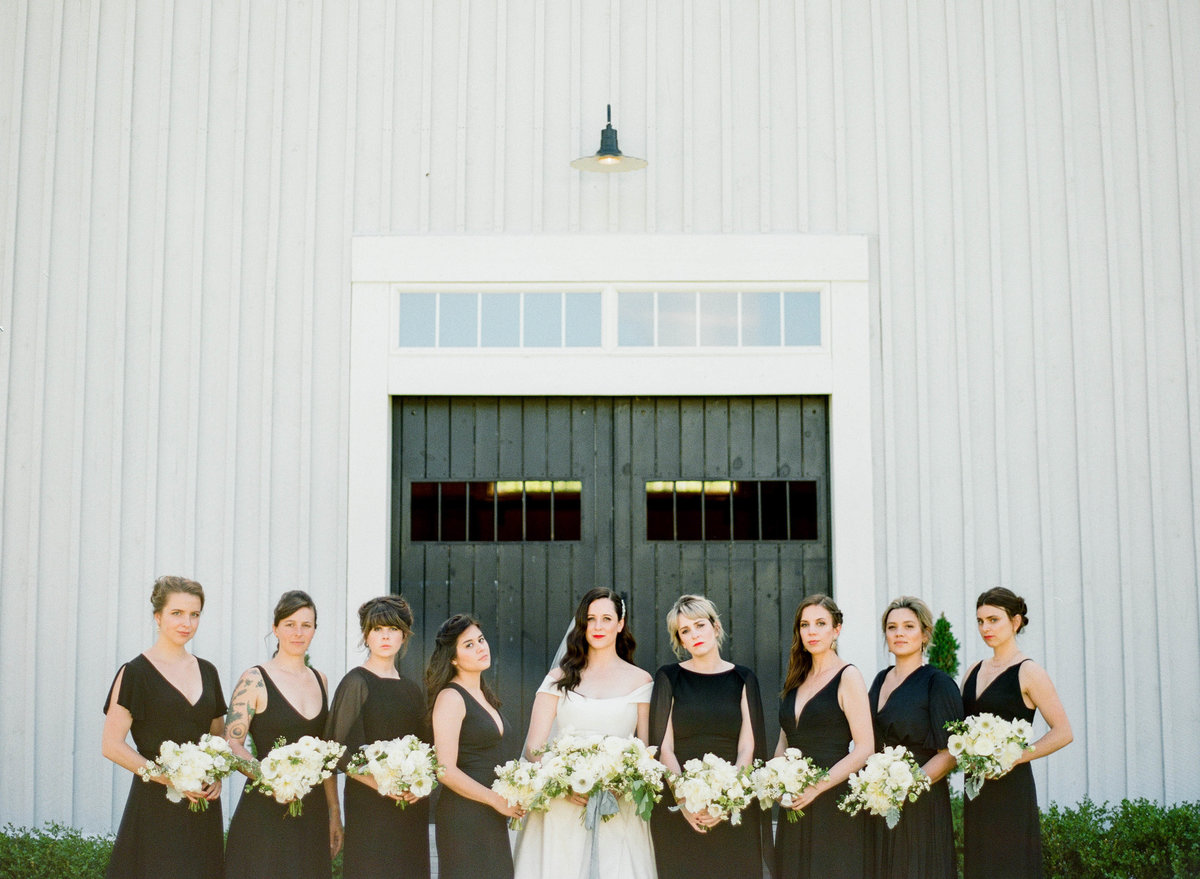 the barn at flannagan farm bridal party