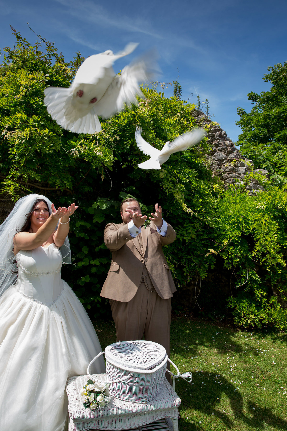 dove release in devon wedding
