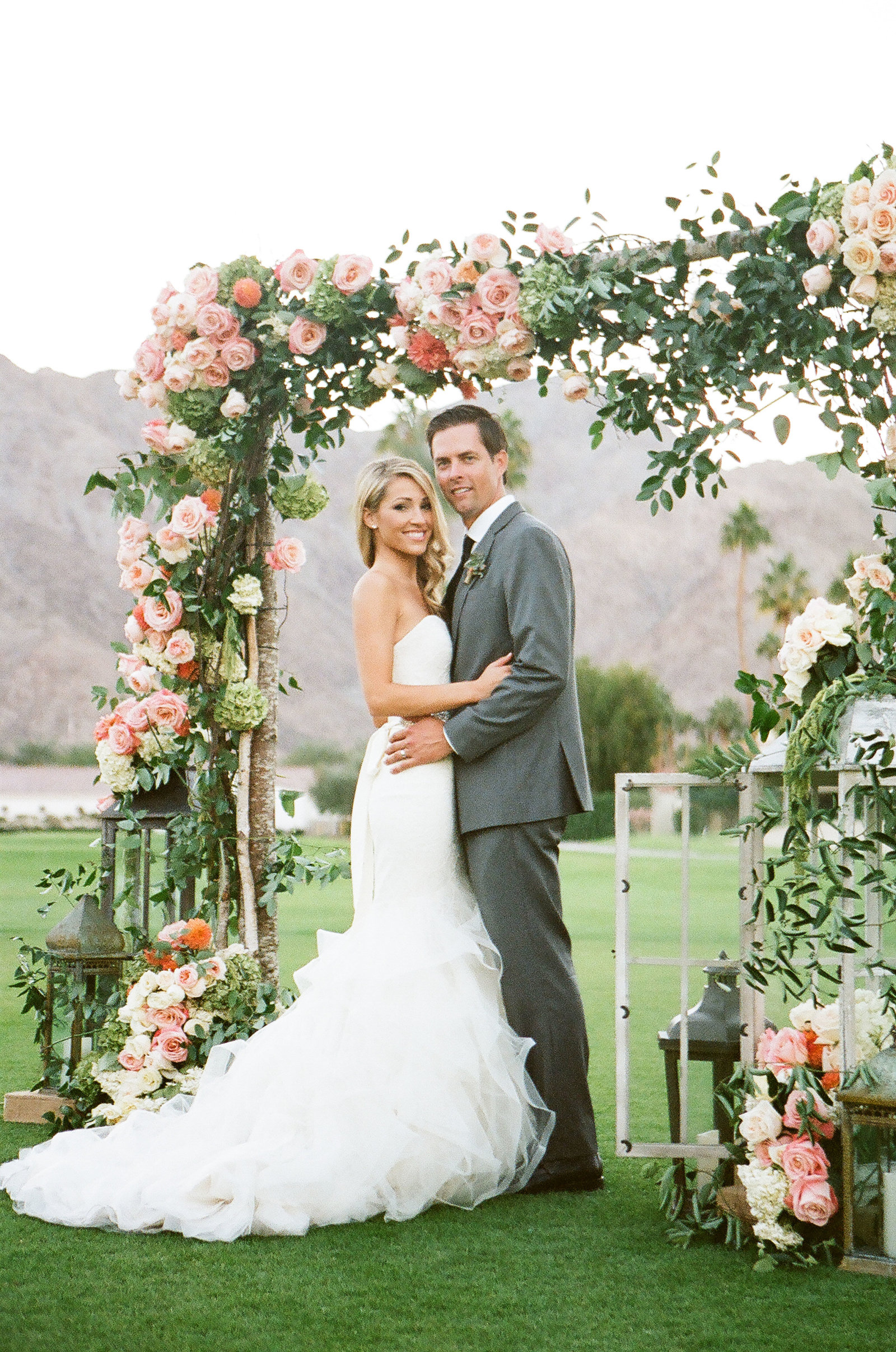 christianne_TAYLOR_christiana_ryan_wedding_resort_photos_photography_la_quinta_malibu_film_at_top_beautiful_couple_model_golf_course_palm_springs_outdoor-172
