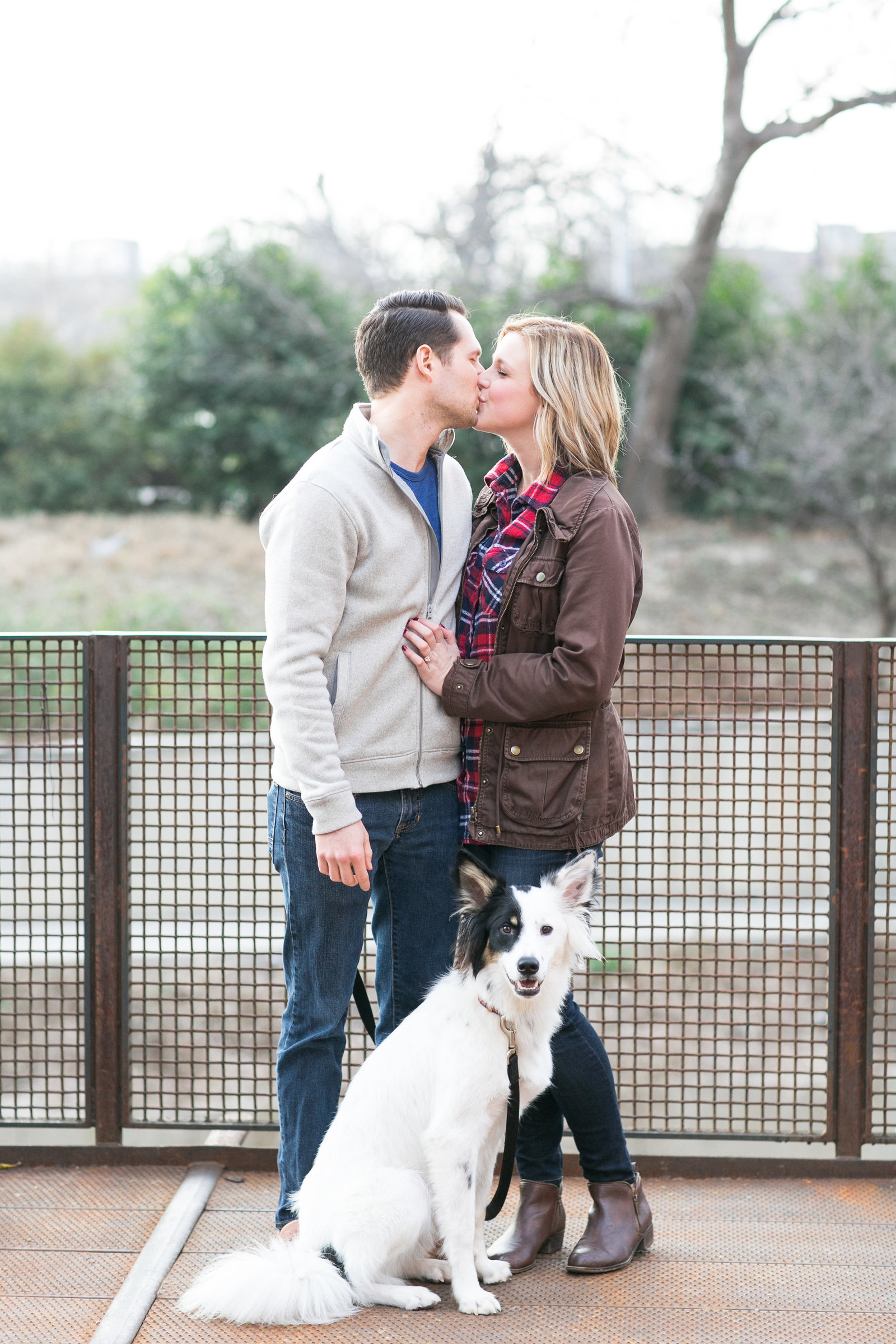 pearl-brewery-stables-river-walk-san-antonio-texas-engagement-session-photo-7