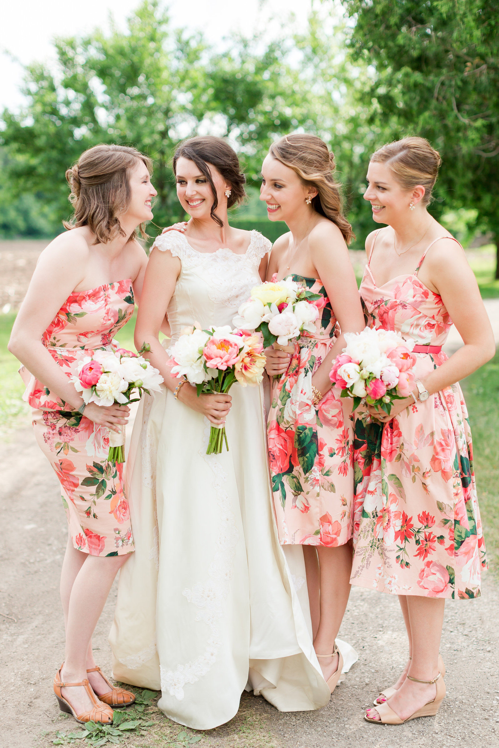 Maison Meredith Photography Wisconsin Wedding Photographer 025