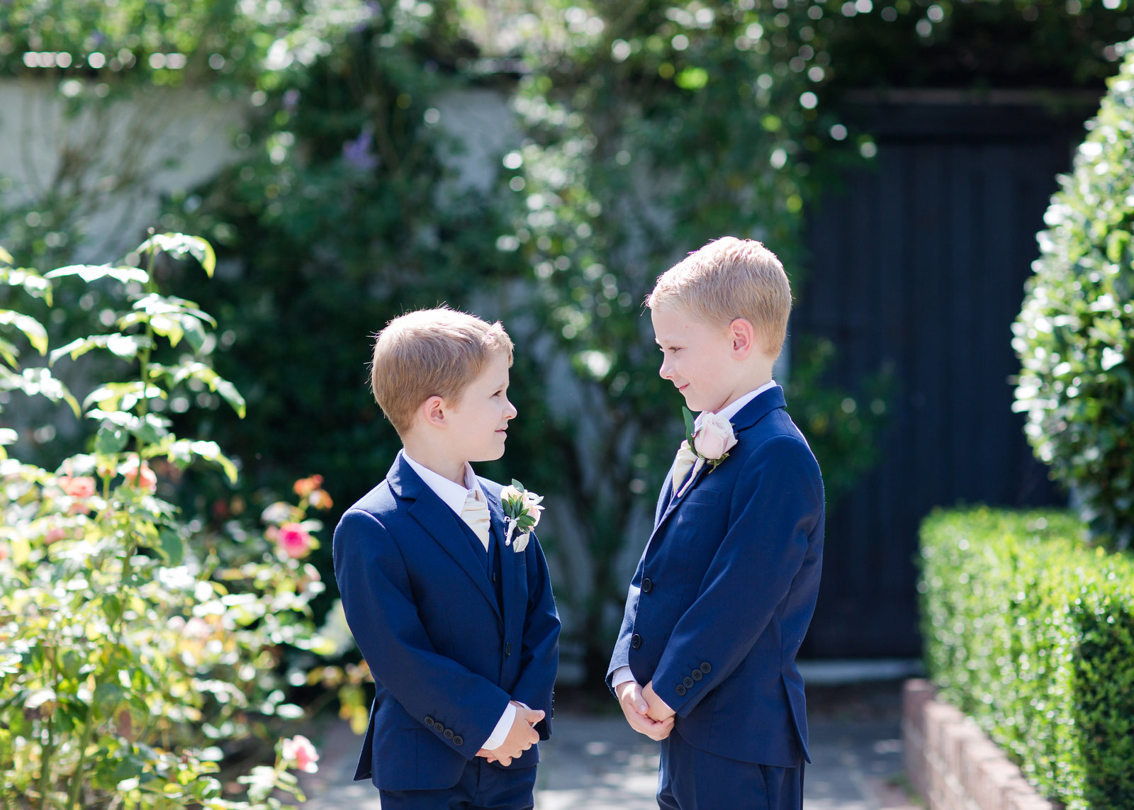 adorlee-0485-southend-barns-wedding-photographer-chichester-west-sussex