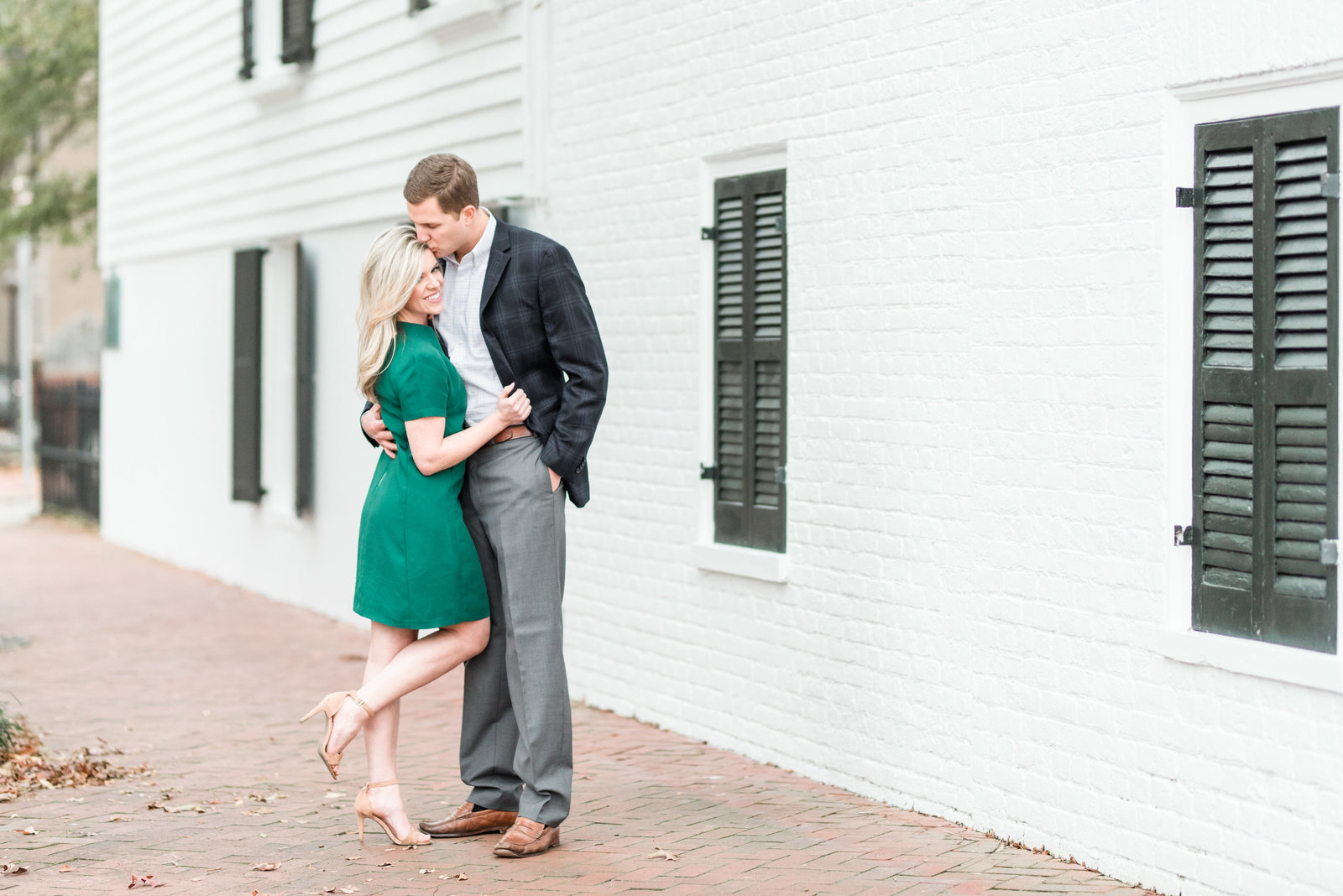 downtown-norfolk-virginia-wedding-engagement-session-photo423