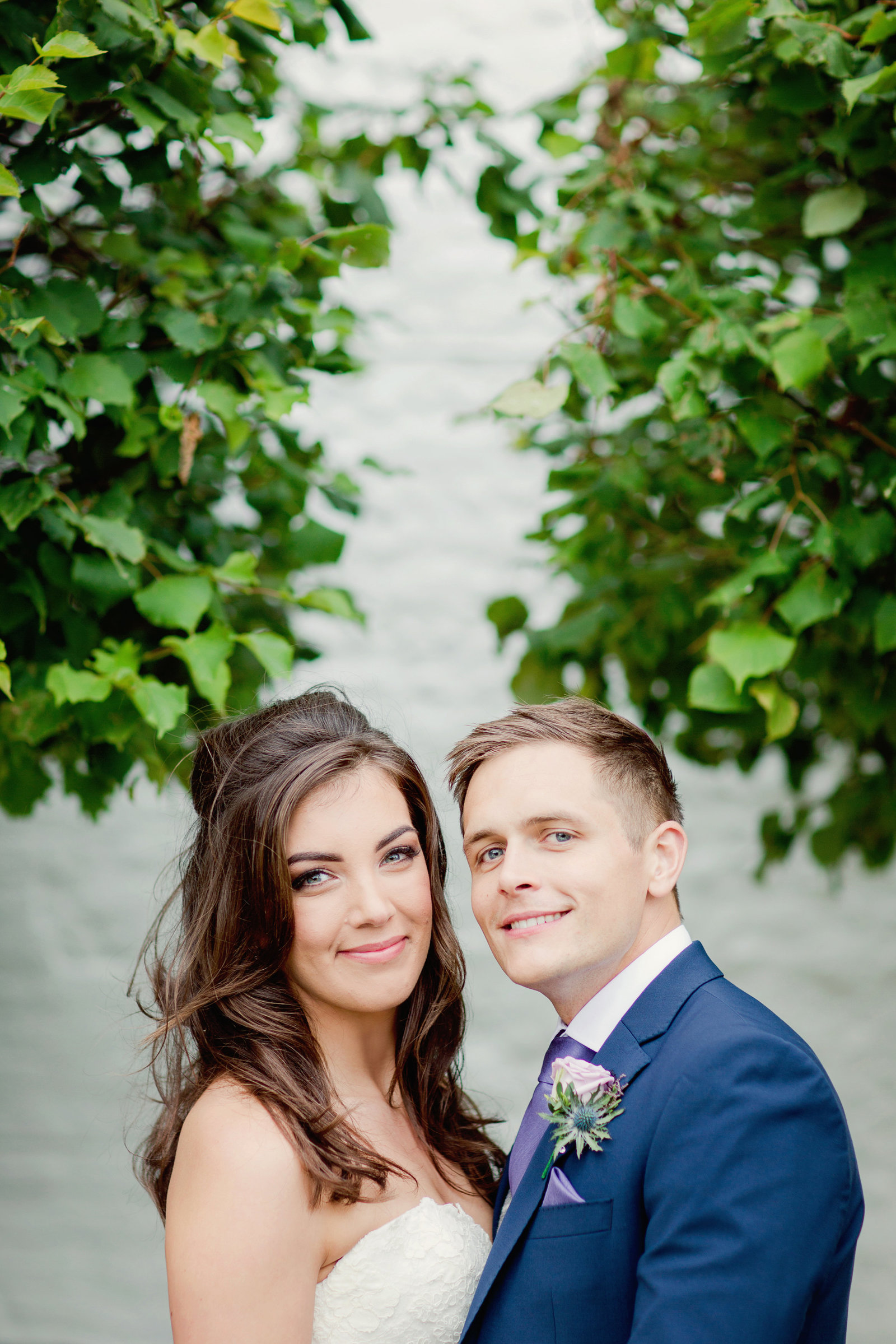 adorlee-0330-southend-barns-wedding-photographer-chichester-west-sussex