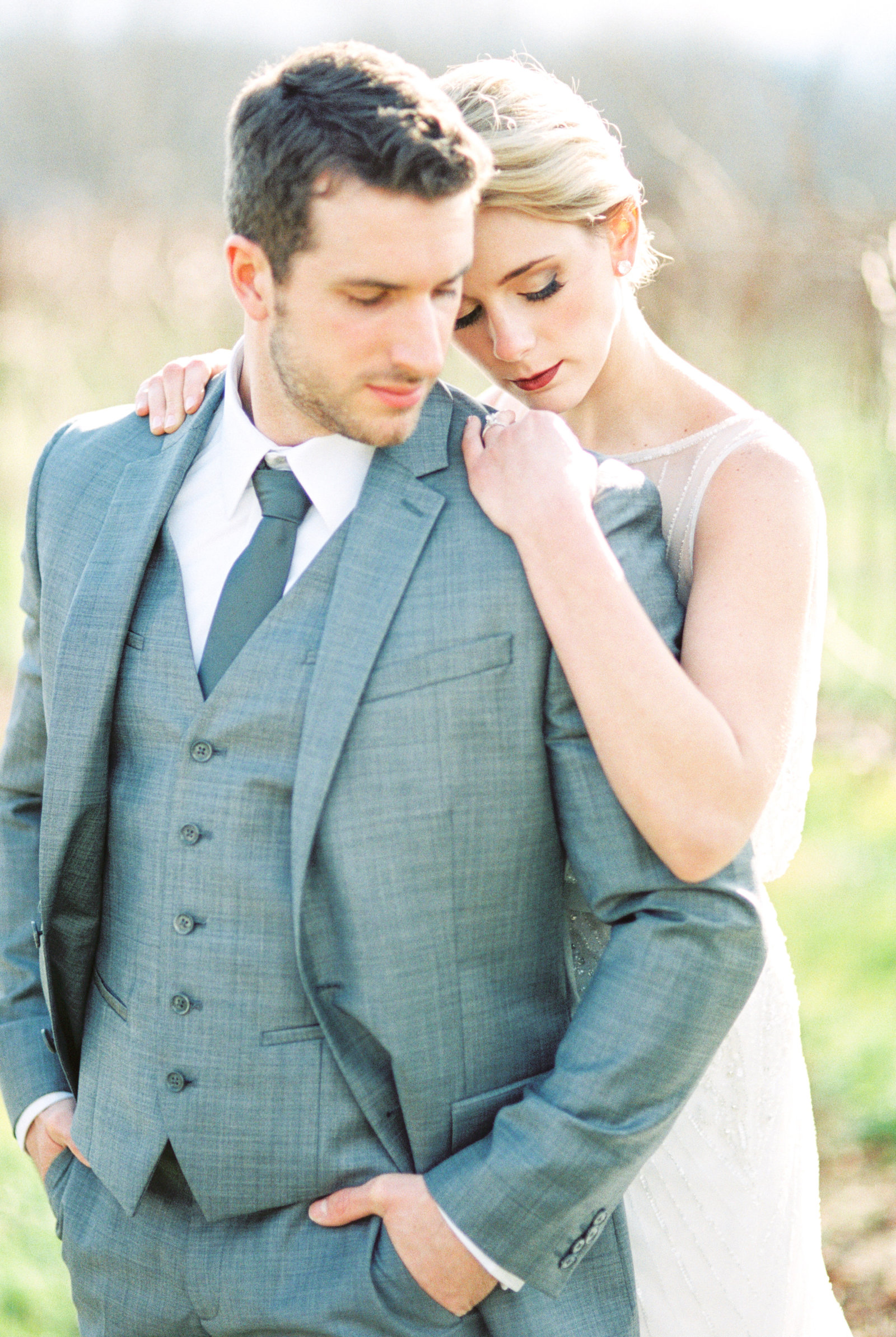 dusty_blue_winter_wedding_shoot_AEP73