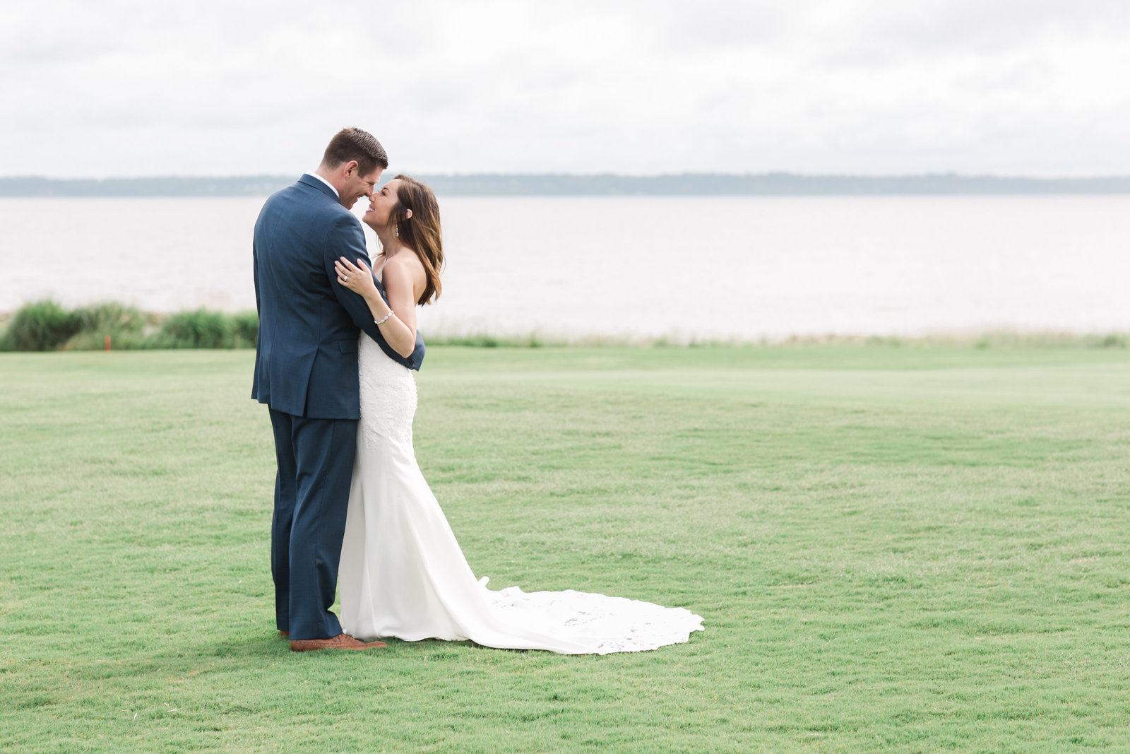Two Rivers Elegant Country Club Wedding by Elizabeth Friske Photography | -429