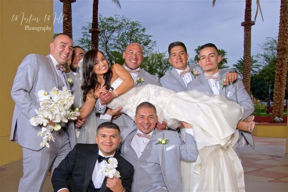 wedding-pictures-cathedral city ca-photographer-heritage palms (1)