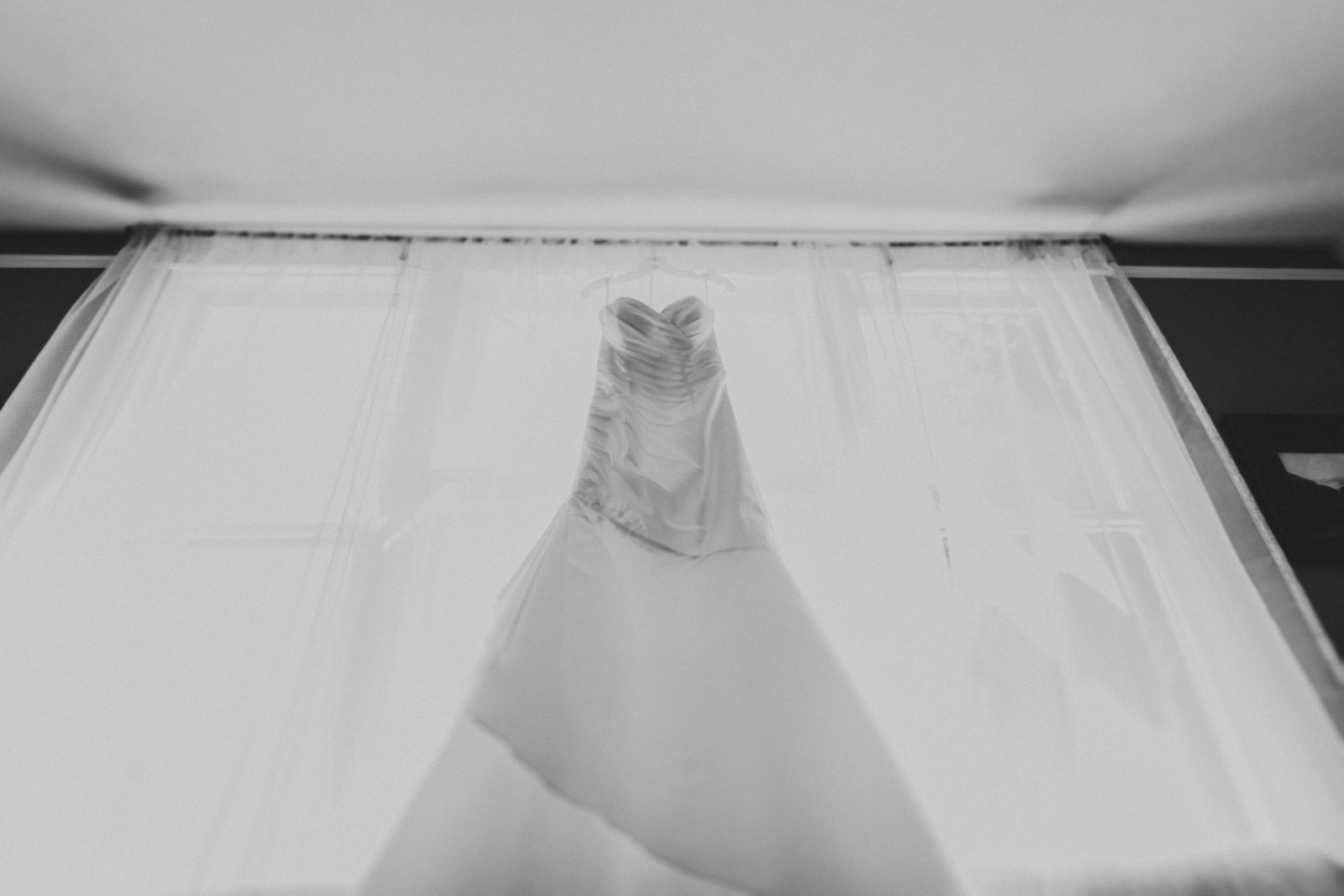 photo of wedding dress in black and white in OR | Susie Moreno Photography