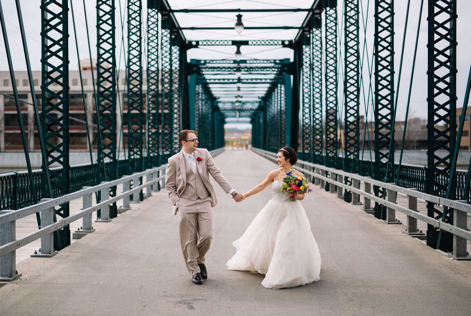 grand rapids wedding photographers 10420