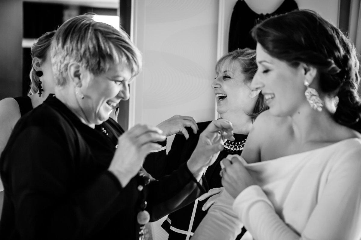 petegem aan de schelde trouw nathalie en seger klaarmaken bruid foto