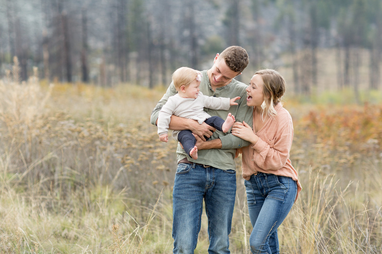 Isaac, Ellie & Lydia | Emily Moller Photography | Lake Chelan Family Photographer (1 of 1)-2