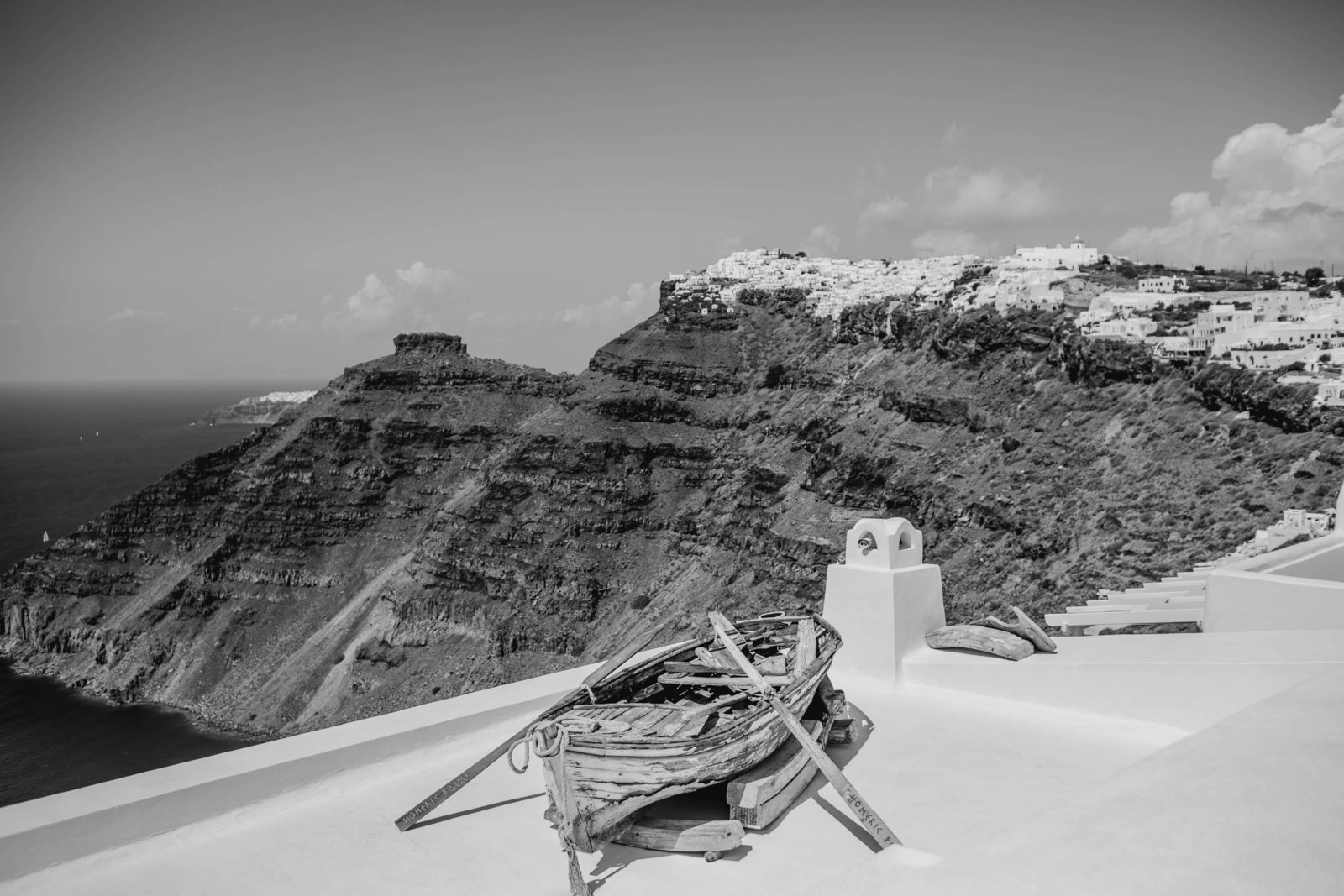 old-boat-destination-travel-santorini-wedding-kate-timbers-photo-2504